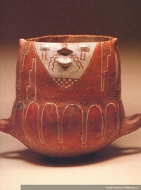 Urna antropomorfa : cultura Diaguita Clásica : Fase II (1200-1470 d.C.)