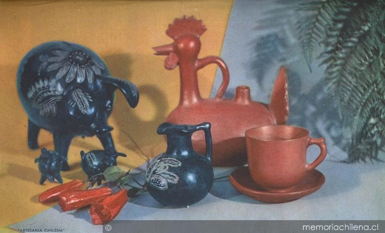 Cerámica de Quinchamalí junto a otras cerámicas de greda roja