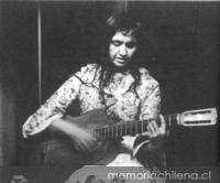 Violeta Parra  4 de octubre de 1917 5 de febrero de 1967  Enlace al sitio Memoria Chilena